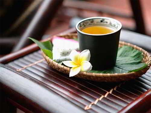 hita chay tra thao moc 7 HITA bật mí cách pha trà trà thảo mộc giúp tăng hương vị