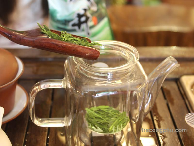 trà long tỉnh