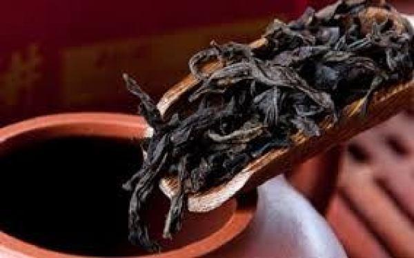 pha trà đại hồng bào