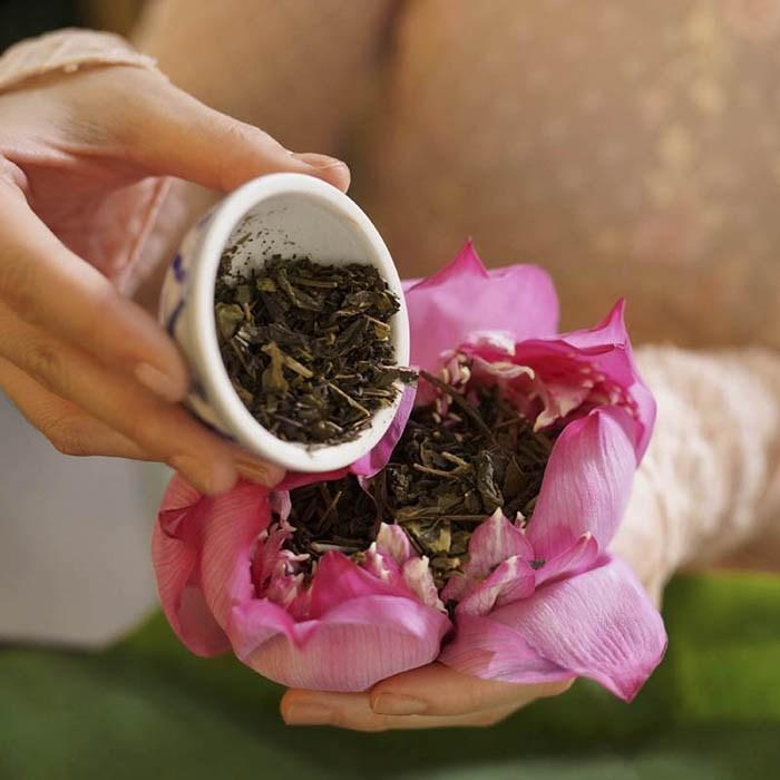 trà ướp hoa sen là nét riêng văn hóa trà của người việt nam